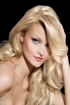 Trendy hairstyles & haircuts: Blonde hair colors for pale skin Thick Blonde Hair, Light Blonde Hair, Golden Blonde Hair, Long Blond, Sandy Blonde, Medium Blonde, Hairstyles Haircuts, Pretty Hairstyles, Blowout Hairstyles