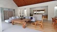 Villa Asri Batubelig Bali | Fantastic location, lovely villas but a little expensive. Not sure I'd stay there again