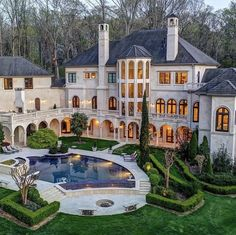 Cool Mansions, Luxury Mansions, Billionaire Homes, Dream Mansion, Rich Home, Luxury Homes Dream Houses, Celebrity Houses, Celebrity Closets, Celebrity Outfits