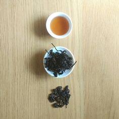 Meet Firebird charcoal roasted 10 year aged Oolong our new tea in CaiCai family. Very soon available in our online shop . #caicaitea #oolongtea #taiwanesetea #tealover #teaaddict #tea #cupoftea #teatime #instagood #picoftheday #healthyfood #treatyourself #igers #igerslondon #londonfoodie #london #firebird #oolong