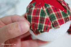 how to make a quilted ornament