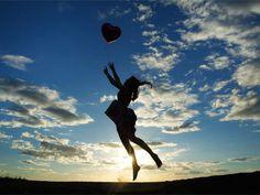 7 πράγματα που κάνουν κάθε πρωί οι επιτυχημένοι άνθρωποι Psychology, Silhouette, Sports, Life, Quotes, Psicologia, Hs Sports, Quotations, Sport