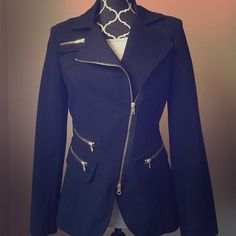 Cache Contour Collection Moto Jacket Blazer Very rare jacket. This is so gorgeous and it breaks my heart that it doesn't fit. Looks great over a little black dress or pair it with jeans and heels for a sharp look! Cache Contour Collection Jackets & Coats Blazers