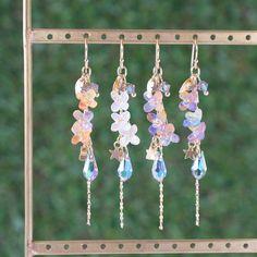 秋*星降りキンモクセイ ピアス/イヤリング Magical Jewelry, Unique Jewelry, Shrink Art, Kawaii Jewelry, Stylish Dress Designs, Polymer Clay Projects, Wire Earrings, Diy Accessories, Resin Art
