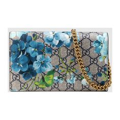 Gucci GG Blooms Supreme chain wallet (€695) ❤ liked on Polyvore featuring bags, wallets, gucci, gucci bags, blue bag, gucci wallet and chain wallet