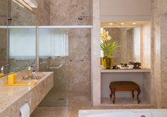 25 Banheiros com bancadas de maquiagem - veja modelos lindos e modernos! Veja muito mais fotos, dicas e informações técnicas de cada ambiente em Decor Salteado! É só clicar nas imagens! ; - )