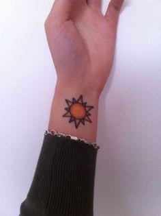 30 Charming Sun Tattoo Designs