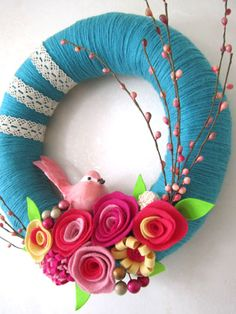 15 DIY Summer Wreaths - although this one screams Spring to me!