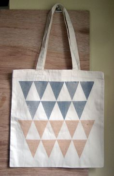Color Theory Screenprinted Tote by Bright Beige Diy Embroidery Bags, Cotton Tote Bags, Reusable Tote Bags, Triangle Love, Fashion Bags, Fashion Usa, Net Fashion, Fashion Goth, Jute