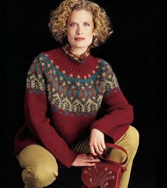 A striking Fair Isle pullover published in 2018 - Vogue Knitting: Norah Gaughan – Needle Arts Knitting Fair Isle Knitting Patterns, Sweater Knitting Patterns, Knitting Designs, Knit Patterns, Knitting Sweaters, Punto Fair Isle, Icelandic Sweaters, Vogue Knitting, Fair Isles