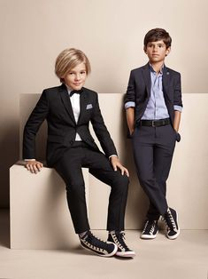 Elegant suits BOSS - fashion for boys - mode enfant garcon - Spring summer 2015 Fashion Kids, Baby Boy Fashion, Toddler Fashion, Fashion Men, Fashion Clothes, Trendy Fashion, Spring Fashion, Party Fashion, Latest Fashion