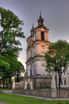 Michael and Stanislaus Church (Skalka), Krakow, Poland Places Around The World, Around The Worlds, Architecture Baroque, Poland Travel, Krakow Poland, Chapelle, Central Europe, Kirchen, Warsaw