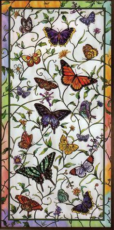 Фото Витраж в виде бабочек, порхающих над цветами