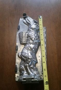 "Vintage 11"" Large Rabbit Easter Bunny Metal Chocolate Candy Mold."