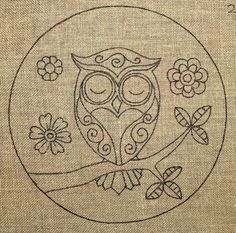 Embroidery patterns free punch needle ideas for 2019 Owl Embroidery, Hand Embroidery Patterns Free, Punch Needle Patterns, Embroidery Stitches, Rug Hooking Designs, Rug Hooking Patterns, Penny Rug Patterns, Owl Patterns, Zentangle