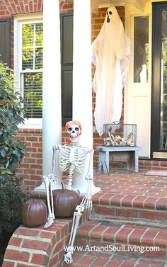 Exterior Decorating Ideas. What's up Witches? www.ArtandSoulLiving.com