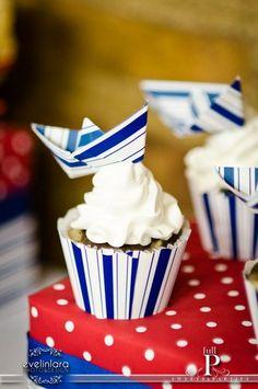 Paper Boat Cupcakes