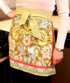 Love the Aprons, but this site has all different things to DIY!