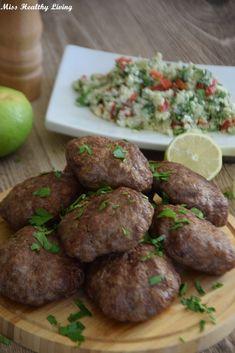 Μπιφτέκια στο φούρνο - Miss Healthy Living Greek Cooking, Greek Recipes, Food For Thought, Healthy Recipes, Healthy Food, Healthy Living, Beef, Meals, Ethnic Recipes