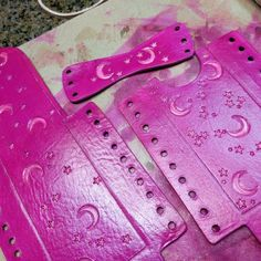 Hot pink moon and stars #cigarette #case #moonandstars #tobacco