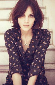 Cute Short Haircuts for women (14)