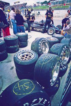 timewastingmachine:  Ronnie Peterson | 1978 Lotus 78