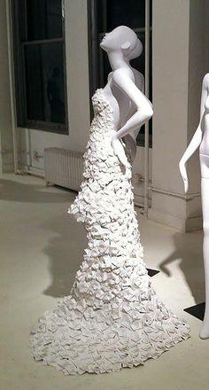 maniquies vestidos de papel-05