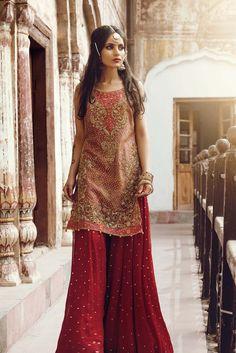 Embroidered Leisure Club Fancy Dresses 2017 For Teen Agers - All Fashion Hug Pakistani Formal Dresses, Pakistani Wedding Outfits, Pakistani Bridal, Indian Dresses, Indian Outfits, Ethnic Fashion, Indian Fashion, Party Kleidung, Pakistan Fashion