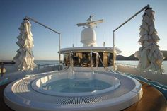 Gallery - CRN 128 M/Y Mimtee CRN 60 MT - CRN Yacht