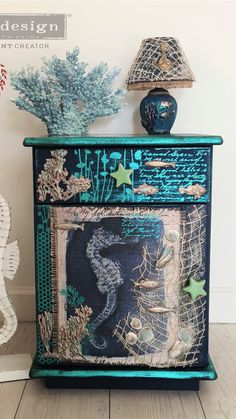 Diy Yard Furniture, Funky Painted Furniture, Space Saving Furniture, Refurbished Furniture, Repurposed Furniture, Furniture Makeover, Ocean Theme Decorations, Jewelry Box Makeover, Painted Cupboards