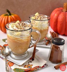 Pumpkin Spice White Hot Chocolate - a deliciously thick and decadent fall drink that does not include coffee - keep it on warm in a slow cooker for a party! Just like pumpkin pie in a mug! Perfect for a chilly fall evening! Pumpkin Spice White Hot Chocola