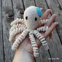 Love Crochet, Crochet Gifts, Crochet For Kids, Crochet Toys, Crochet Baby, Crochet Sea Creatures, Applique Cushions, Baby Octopus, Baby Crafts