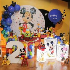 Mickey Mouse Birthday Decorations, Minnie Mouse Theme Party, Fiesta Mickey Mouse, Mickey Mouse Clubhouse Birthday Party, Baby Boy 1st Birthday Party, Birthday Party Tables, Baby Mickey, Mickey Birthday, Mickey Party