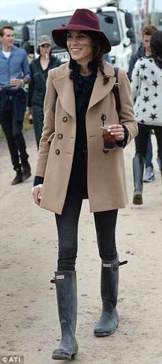 Alexa Chung  joined the throng of celebrities at the fashionable festival-Glastonbury