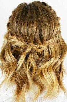 Weaving patterns that only look good in short hair hair secrets - Wedding Hairstyles Prom Hairstyles For Short Hair, Winter Hairstyles, Braided Hairstyles, Wedding Hairstyles, Everyday Hairstyles, Hairstyles Haircuts, 2018 Haircuts, Quinceanera Hairstyles, American Hairstyles