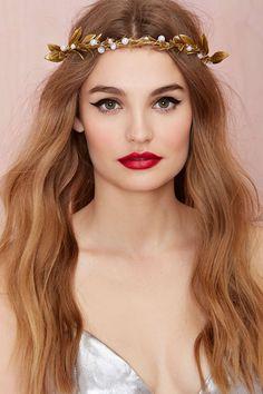 38 Ideas For Wedding Makeup Vintage Winged Liner Red Lip Makeup, Hair Makeup, Eyeliner Makeup, Black Eyeliner, Bridal Makeup Red Lips, Bride Makeup, Wedding Makeup, Vintage Hairstyles, Wedding Hairstyles