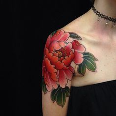 Search inspiration for a Japanese tattoo. Peony Flower Tattoos, Beautiful Flower Tattoos, Peonies Tattoo, Japanese Peony Tattoo, Japanese Tattoos, Crysanthemum Tattoo, Piercing Tattoo, Piercings, Heron Tattoo