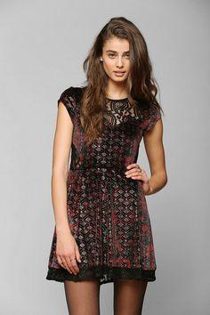 Ecote Fortune Teller Velvet & Lace Mix Dress