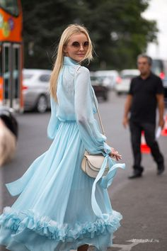 35 Stunning Street Style Snaps From Paris Couture Week Couture Week, Paris Couture, Couture Fashion, Couture Style, Best Street Style, Street Style Looks, Summer Street Styles, Vestidos Para Baby Shower, Couture Dresses