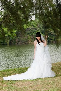 Simply love the bridal concepts. Fabulous suggestions to anyone that could be deciding to have a wedding.  See more at,  http://www.photographyinstyle.com