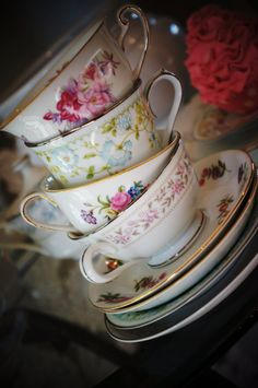 Vintage Tea Cup Starter Set for Tea Parties, Bridal Luncheons, Showers, Hostess Gift, Bridesmaid Gift. $32.00