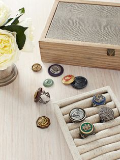 How to create custom rings out of vintage buttons.     #diyjewelry #crafts
