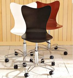 Modern, wooden Desk Chairs submitted by Helen