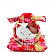 Japanese Fortune Cat Maneki Neko