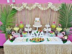 Hawaiian Theme: Dessert Table