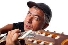 """Edvaldo Santana é a atração na 2ª noite do Botucanto 2016 - O cantor e compositor Edvaldo Santana faz o show que encerra a segunda noite do Festival Botucanto 2016, realizado de 03 a 05 de novembro, no Espaço Cultural – """"Antonio Gabriel Marão"""", em Botucatu, com entrada franca.  Considerado um mestre na mistura do blues com ritmos tradicionais brasile - http://acontecebotucatu.com.br/cultura/edvaldo-santana-e-atracao-na-2a-noite-do-botucanto-2016/"""