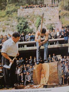 Herri kirolak: Aizkolari Basque Country Sports
