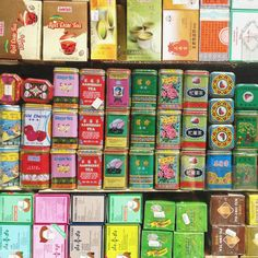 Chinese tea tins / photo by Susannah Conway