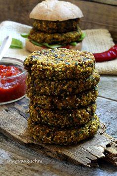 Burgery kalafiorowe Vegan Recipes, Beef, Food, Meat, Vegane Rezepte, Meals, Ox, Yemek, Vegan Dinner Recipes