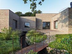 Creek House  / Tham & Videgård Arkitekter